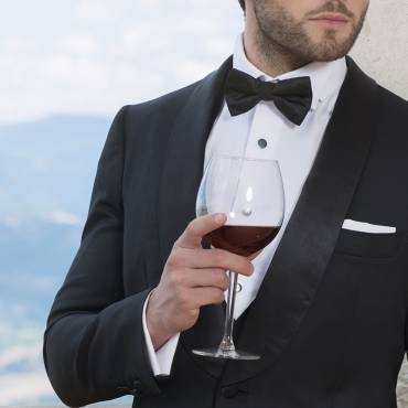 Shawl Tuxedo: the elegance of a dinner suit