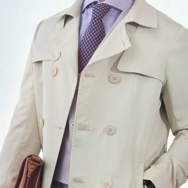 Trench in gabardine: to be smart in every occasion